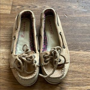 Kids sperry shoes